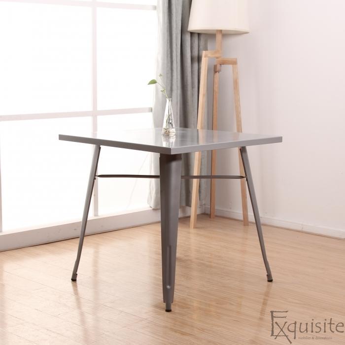 Masa pentru terasa din metal, design factory1