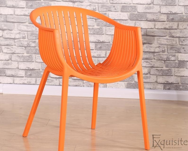 Masa rotunda din MDF 80 x 73cm cu 4 scaune tip Luigi2