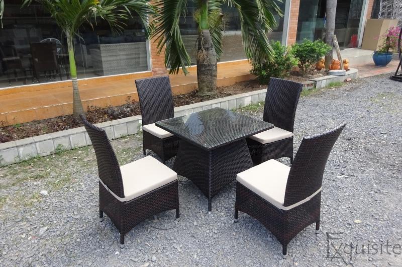 Masa cu scaune pentru gradina din ratan artificial2