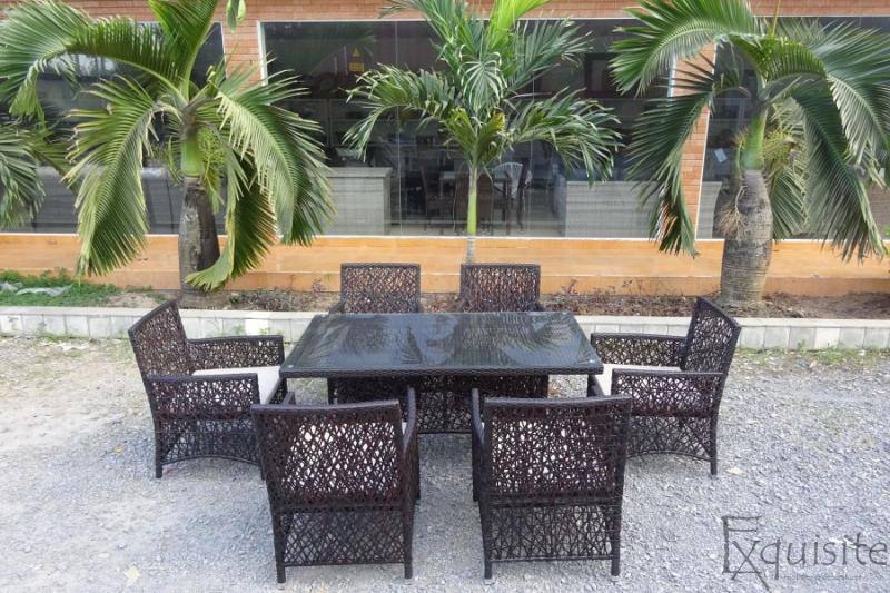 Masa cu scaune pentru exterior2
