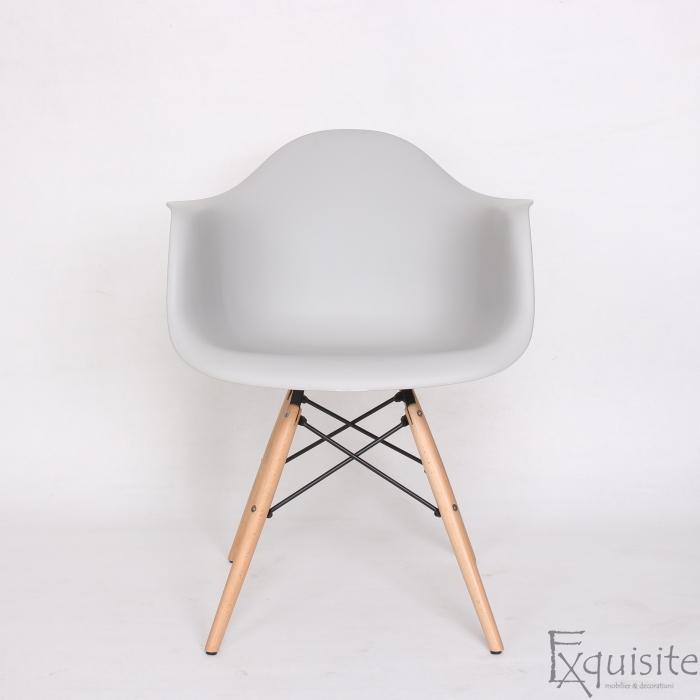 Scaun din plastic cu picioare din lemn - Set 4 bucati - EX082 Gri deschis2