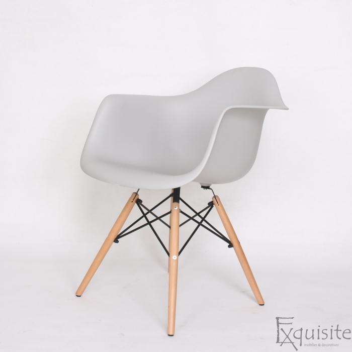 Scaun din plastic cu picioare din lemn - Set 4 bucati - EX082 Gri deschis3