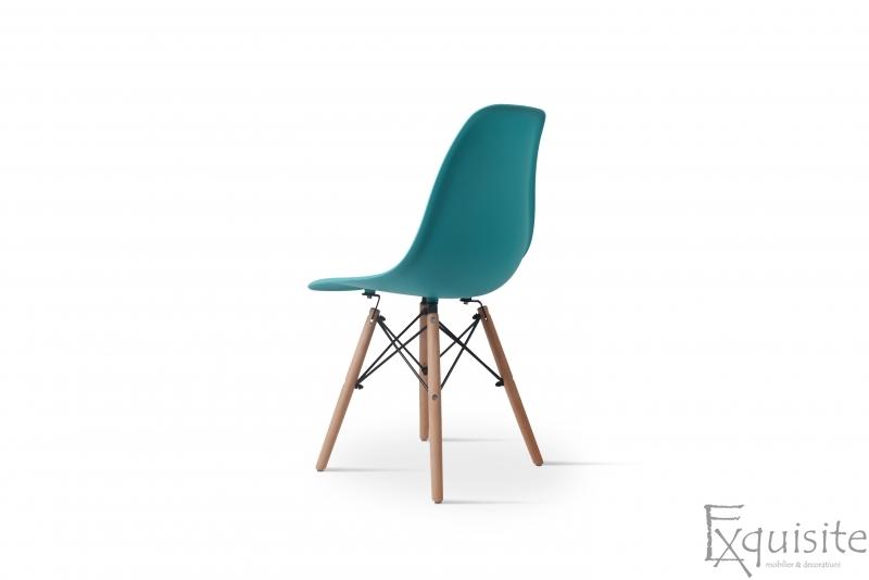 Scaun din plastic turcoaz cu picioare din lemn, Set 4 Scaune4