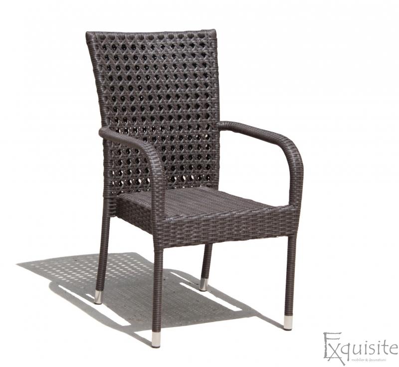 Scaun din ratan pentru terasa 1