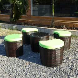 Masa cu tabureti din ratan sintetic