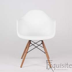 Scaun de bucatarie din plastic cu picioare din lemn, Eames, EX082
