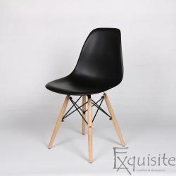 Set 4 scaune living, Eames, negre
