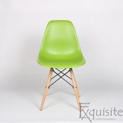 Set 4 Scaune living, Eames, verde